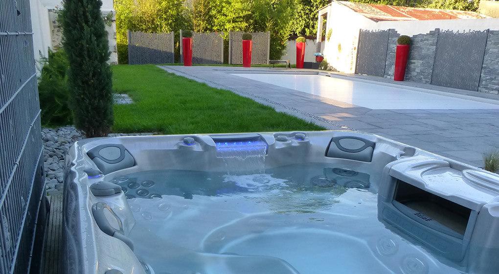 D co piscine dans une pente limoges 11 piscine paris for Piscine hors sol toulouse