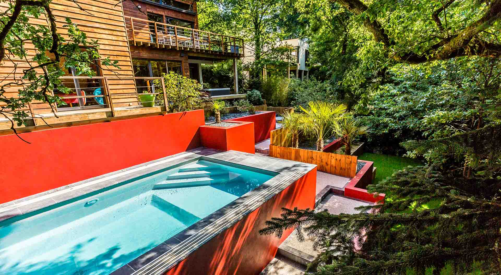 Nos r alisations de jardin et am nagement d 39 ext rieur en for Piscine look design