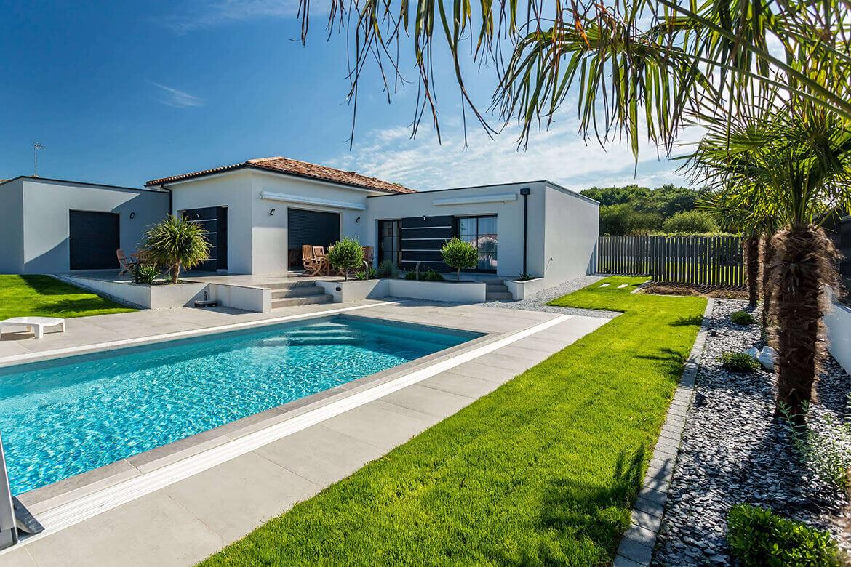 R alisations de jardin et am nagement d 39 ext rieur en vend e oxygen paysages - Jardin avec piscine ...